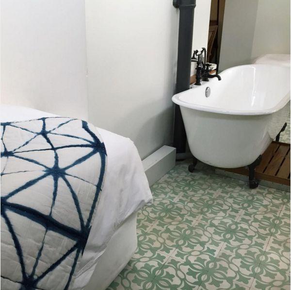 Edin xxl bathroom sex