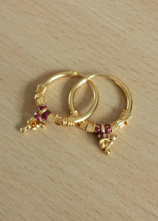 18 k Gold Plated Earrings yellow hoop stud Classic costume jewelry