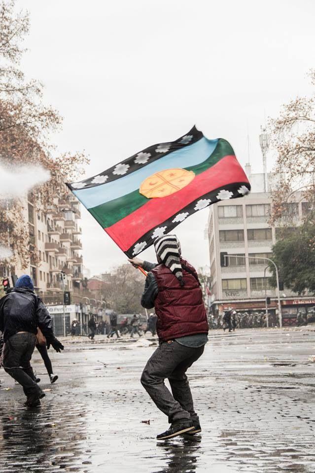 Paro Nacional - Santiago Chile #bandera #mapuche