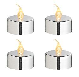 Le Lot de 4 Bougies Led Chauffe Plat Argentées. Sans feu sans flamme mais donnant le change, ces bougies leds illumineront vos tables sans aucun risque d'incendie