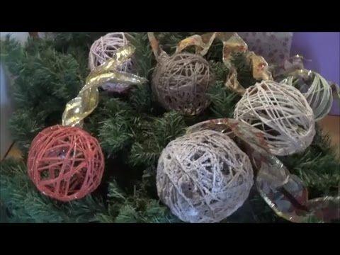 """This video presents how to make Christmas balls using, balloons, packaging string, wood glue, acrylic paint and glitter Αυτό το βίντεο παρουσιάζει πως φτιάχνω Χριστουγεννιάτικες μπάλες χρησιμοποιώντας μπαλόνια, σπάγκο συσκευασίας, ξυλόκολλα, ακρυλικά χρώματα και χρυσόσκονη. """