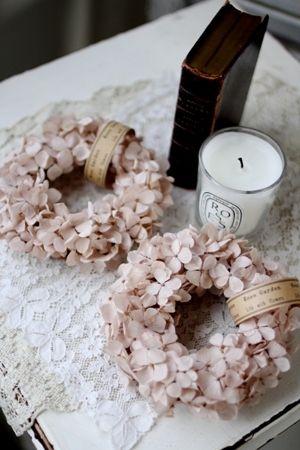 Beautiful colour scheme - dry hydrangea wreaths