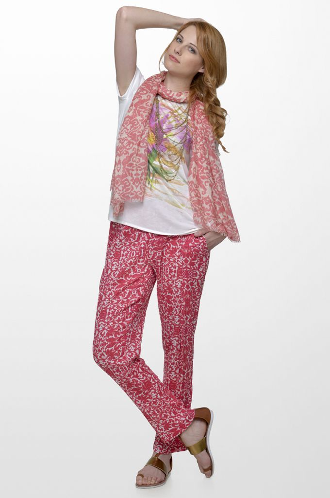 Sarah Lawrence - short sleeve printed blouse, draw string loose printed trouser, printed scarf.