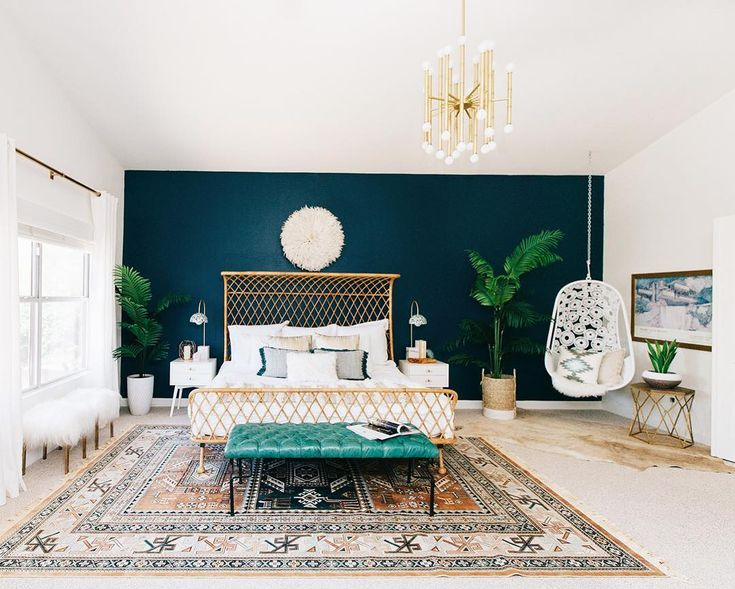 We've got a good one on #RueDaily today! @decoristofficial designer Jessica McCarthy created a dreamy bohemian bedroom for @avestyles. The kicker? Jessica was in CA Alex lives in Phoenix. Yep this gorgeous space came together virtually. Learn more at ruemag.com!  by @ten22studio by ruemagazine
