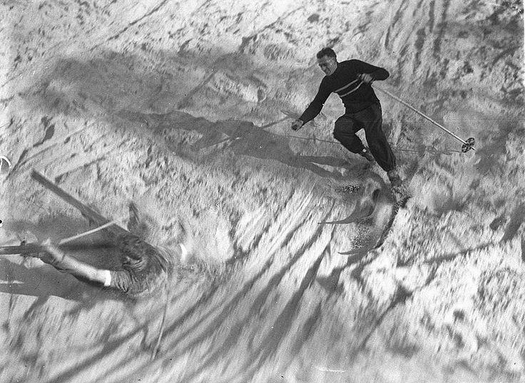 Skiing, 7 July 1934 / photographer Sam Hood