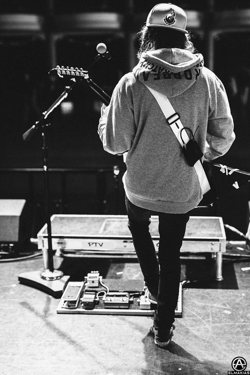 Vic Fuentes of Pierce The Veil soundcheck in Milwaukee, WI. full set- http://adamelmakias.com/live/photos-of-pierce-the-veil-from-the-world-tour/