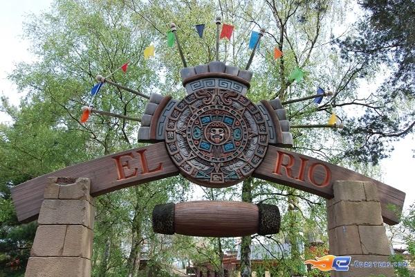 1/11 | Photo de l'attraction El Rio située à Bobbejaanland (Belgique). Plus d'information sur notre site www.e-coasters.com !! Tous les meilleurs Parcs d'Attractions sur un seul site web !!