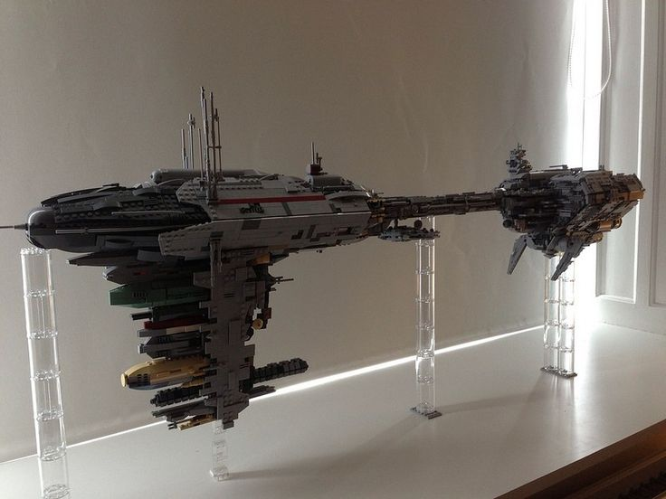 Composed of well over four thousand bricks and measuring over a meter in length, this UCS Nebulon-B by mortesv is awesome. Jaw-droppingly so. From the sheer size to the greebles to the subtle color…