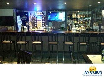 #losmejoresantrosdemexico Te invitamos a visitar La Oveja Negra, Cervezas & Rock en Acapulco. LOS MEJORES ANTROS DE MÉXICO. La Oveja negra es un bar ubicado en la avenida de los Deportes, muy cerca del club de golf de Acapulco y en este lugar, podrás disfrutar una de las mejores cervezas, mientras ves los deportes más importantes del momento o juegas una partida de billar. Te invitamos a divertirte en este bar, durante tu siguiente visita al Puerto de Acapulco. www.fidetur.guerrero.gob.mx