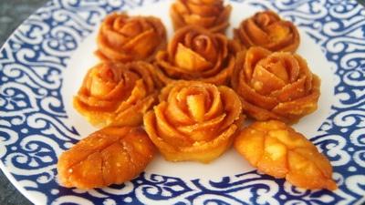 Golap pitha - rose-shaped sweets. | Bangladash