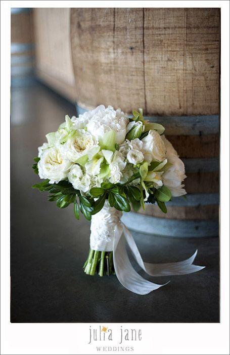 bridal bouquet -  Hana Floral Design @hanafloral