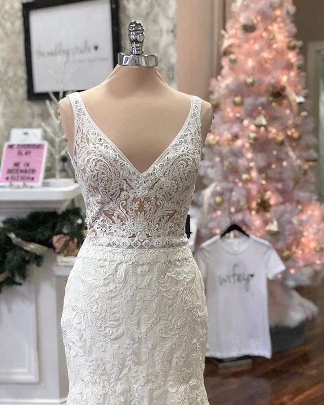 The Wedding Studio Indianapolis Indiana Lillian West Boho Wedding Dress Wedding Dresses Boho Wedding Dress Boho Bride