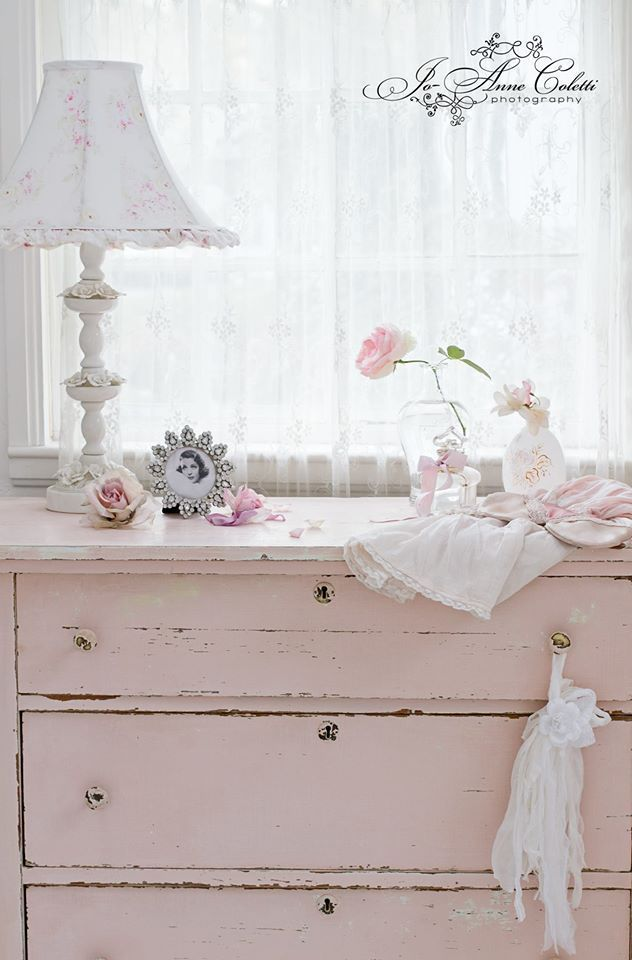 Jo-Anne Coletti's Shabby decorating tips