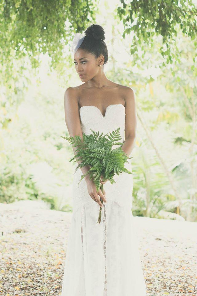 Vestido por Catalina Bayona. Vestidos de novia y fiesta en Colombia / wedding dresses / bride. Foto por: Loopstudios