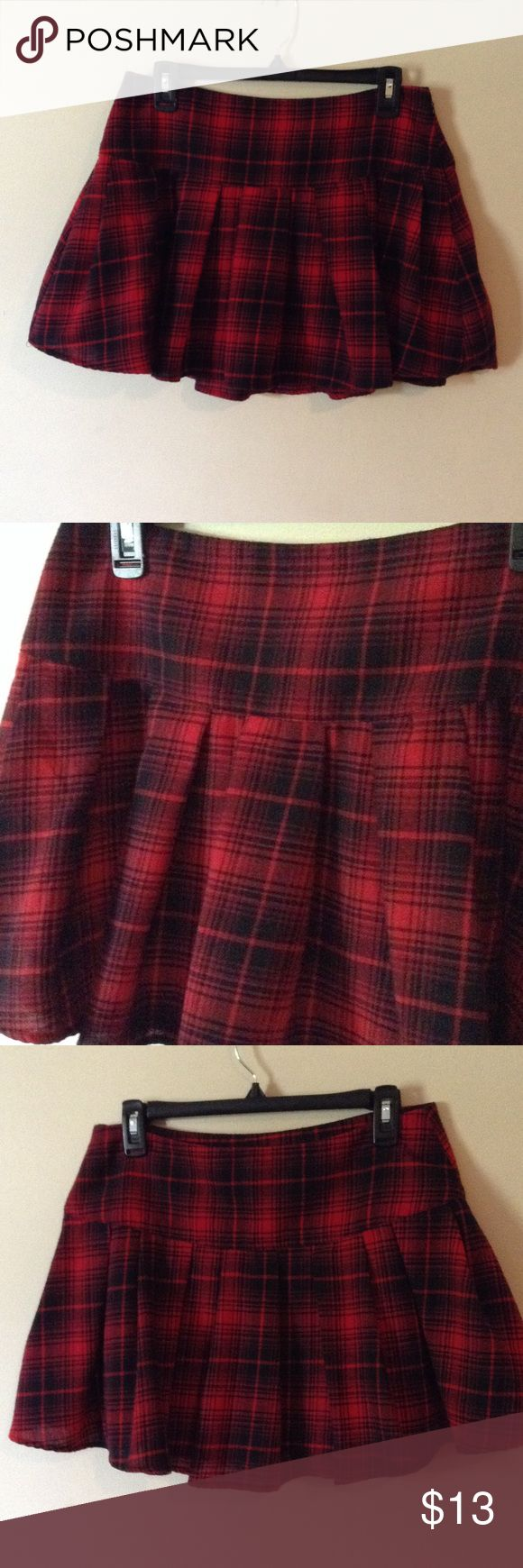 """Red and black plaid mini skirt This can be worn many ways, with button downs, polos, tees, even dress it up as a schoolgirl outfit for Halloween, will fit up to 30"""" waist, length is 14.5"""" Forever 21 Skirts Mini"""