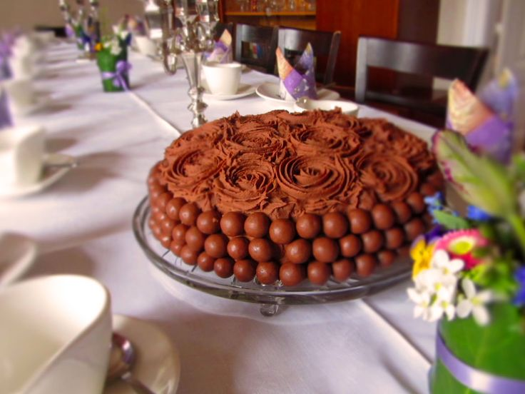Ina Is(s)t: Inas Schokotorte mit Maltesers / Chocolate Cake with maltesers