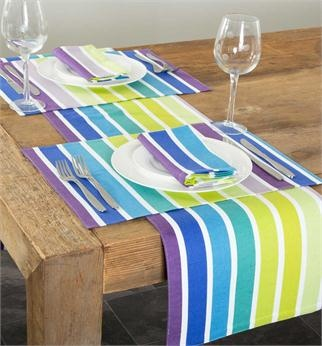Placemats, table runner and tablecloth, for both indoor and out!