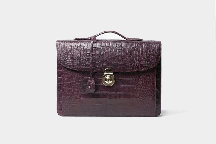 THOMAS BROWN MTO :: UTIP Elegance Crocodile Bordeaux  #mensbag #leather #crocodile