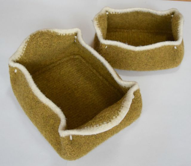 Ravelry: Moccasin Felted Baskets pattern by Cindy Pilon