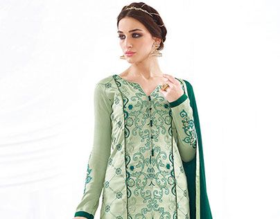 "Check out new work on my @Behance portfolio: ""Designer Pakistani Dresses"" http://be.net/gallery/45106019/Designer-Pakistani-Dresses"