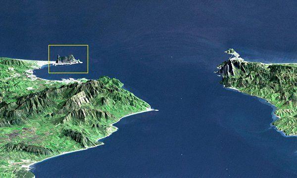 Imagen digital de la NASA donde puede apreciarse Gibraltar (en el cuadro) frente a Ceuta. ◆Gibraltar - Wikipedia http://es.wikipedia.org/wiki/Gibraltar #Gibraltar