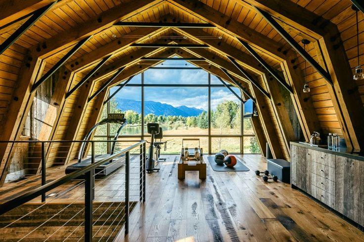 Как превратить старый дачный домик в современный светлый коттедж. Wyoming architects convert former hayloft into light-filled guest home http://domatlant.com http://gulakov.com