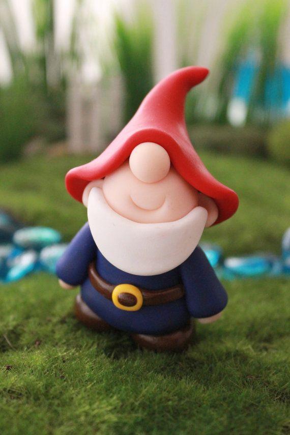 Arcilla de polímero tradicional Gnome  miniatura por GnomeWoods