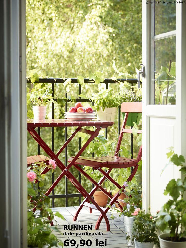 Undă verde pentru relaxare. Folosește podeaua de exterior și transformă balconul într-o oază de calm și liniște. Inspirație pentru zilele de vară: www.IKEA.ro/Vara_in_aer_liber