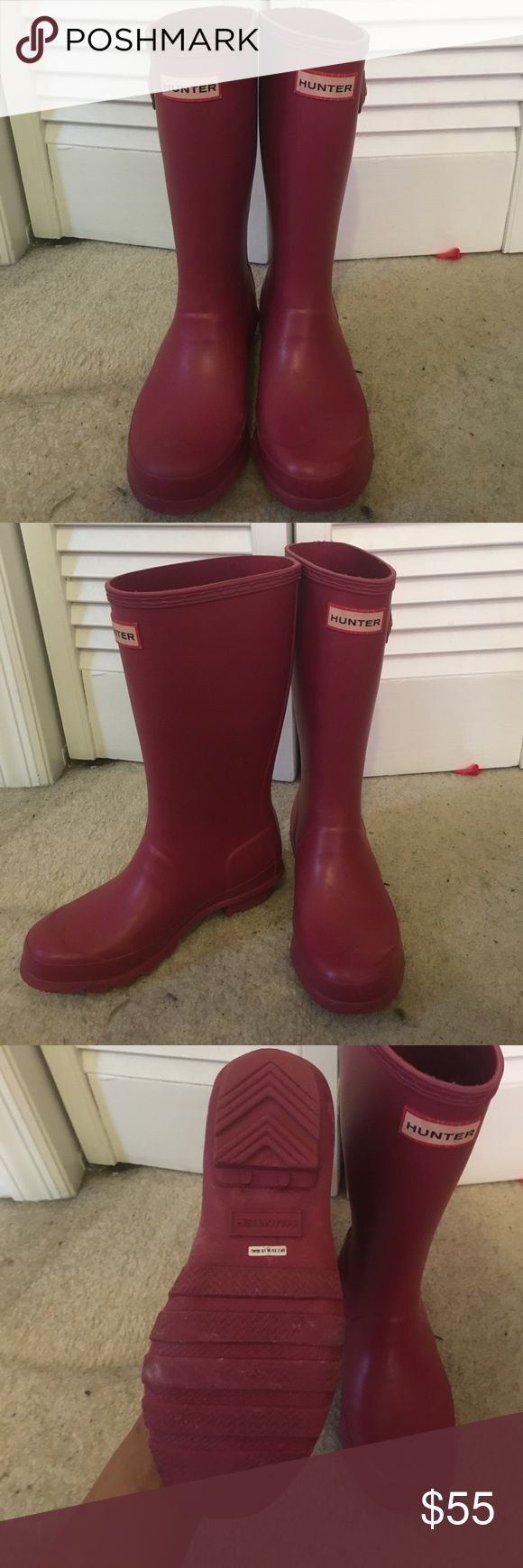 Kids Hunter rain boots ☂️🌧 In really good condition Hunter Shoes Rain & Snow Boots