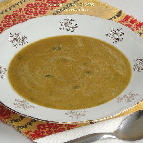 Tato jemná polévka je velice vhodná do dietního režimu pro oslabenou slinivku, ale i do dětského jídelníčku. Obsahuje kvalitní rostlinné bílkoviny a minerály. Na přípravu není složitá, vzhledem k tomu, že červená čočka nepotřebuje žádné namáčení.