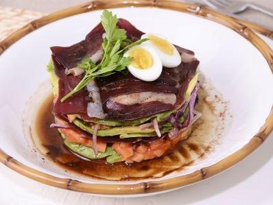 Receta | Ensalada de jamón de pato y aguacate - canalcocina.es