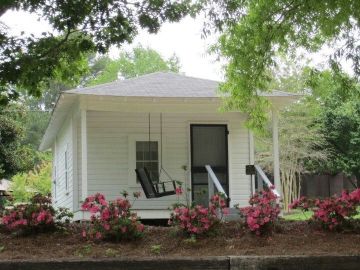 small southern cottage Guest Cottage Dreaming Pinterest