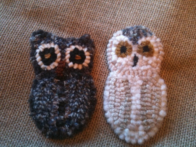 Owl or Snowy Owl traditional wool hooked rug ornament- winter bird primitive. $12.00, via Etsy.