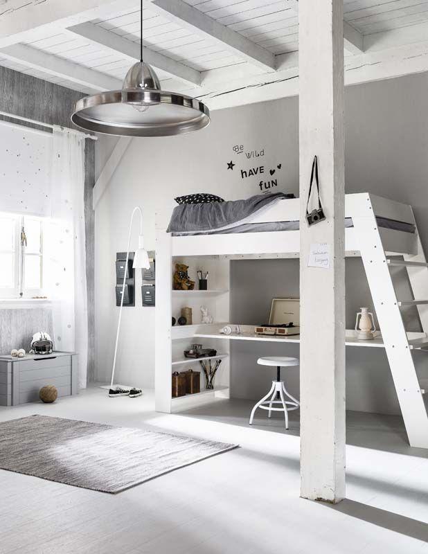 25 beste idee n over tiener slaapkamer op pinterest tiener slaapkamer indeling droom tiener - Hoogslaper met geintegreerde garderobe ...