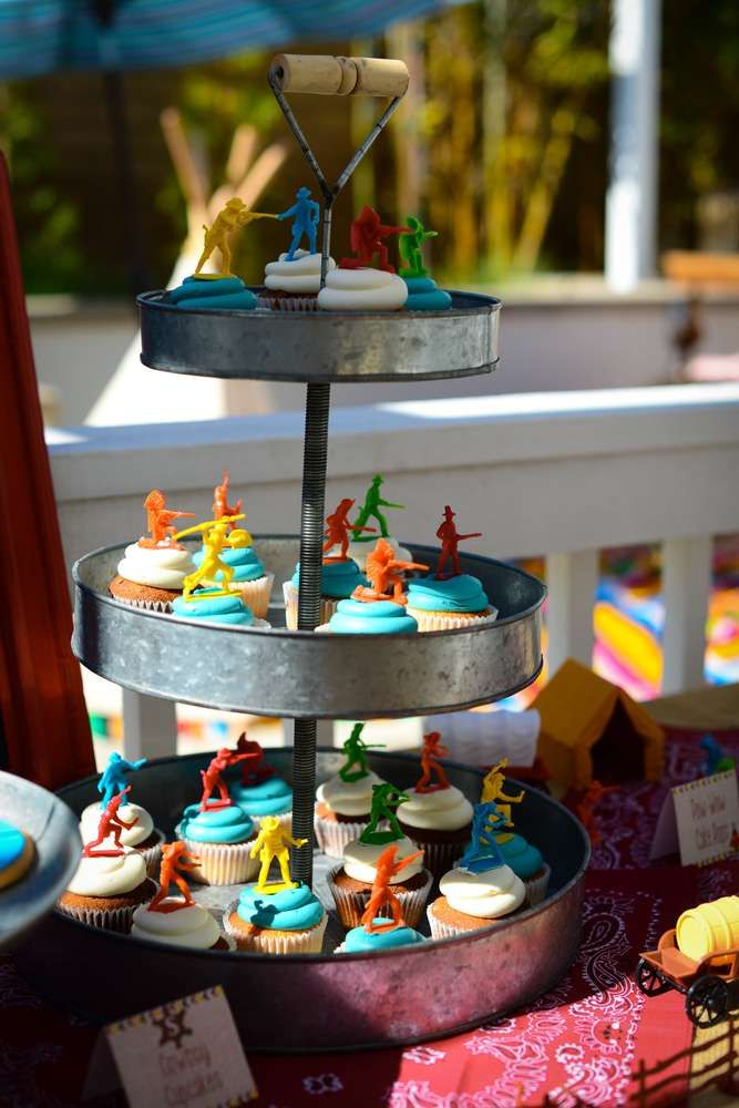 Cowboys & Indians birthday party cupcakes! See more party planning ideas at CatchMyParty.com!