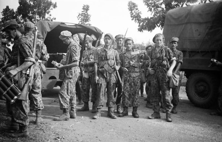 1947-Soldatenafhalennaactie7nega.jpg