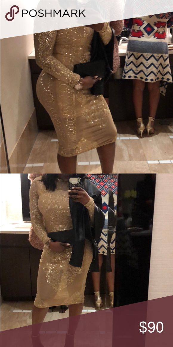Beautiful cream and gold going out dress! Gold and cream dress, worn once for one hour, fits very well, great quality and beautiful design 😍 Dresses Midi