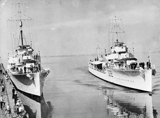 HMAS  Stuart, Waterhen..