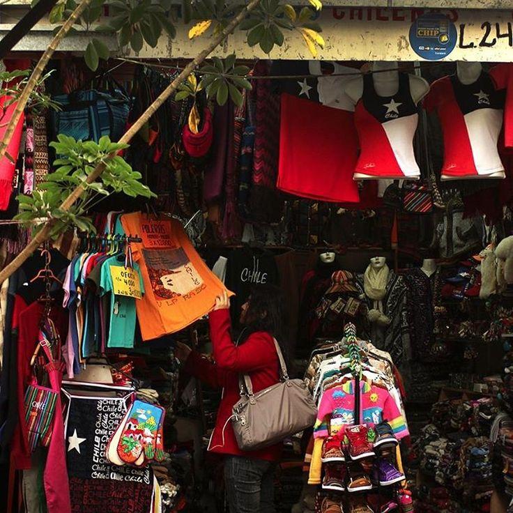 Tieda 24. Algodón peruano. Prendas de vestir de lana de alpaca.