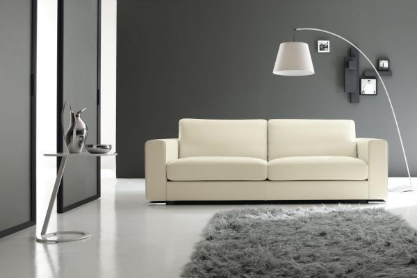 Divano design in pelle Central Small in vendita da Tino Mariani a Lissone. Disponibile anche in versione divano letto. http://www.tinomariani.it/prodotti/central_small.html