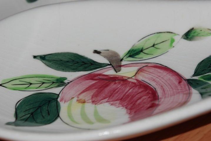 Server Plate Made in Japan $15 www.vintagemoi.com.au
