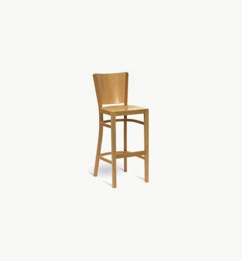 Barstol i trä, finns flera olika färger att välja på. Som tillval går det även att få klädd sits. Ingår i en serie med stolar och karmstolar. Barstolen är tillverkad i trä med bets samt med ett sittskal som är stoppat/klätt.  Tyg Lido 100 % polyester, brandklassad. Tyg Luxury, 100 % polyester, brandklassad. Konstläder Pisa, brandklassad, 88,5% PVC, 11,5% polyester.