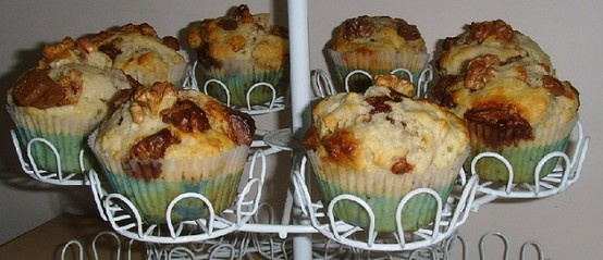 Muffiny z orzechami włoskimi i kawałkami czekolady