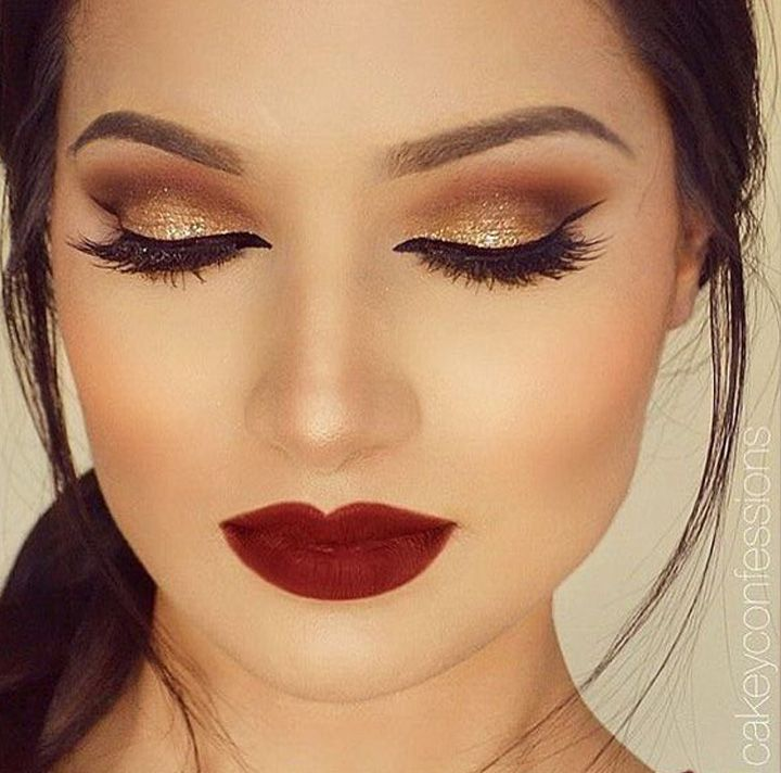 gold glitter smokey eye