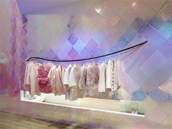 Pop Up Shop Design / Retail Design / Semi Permanent Retail Fixtures / VM / Retail Display / Chanel Pop up store in Tokyo