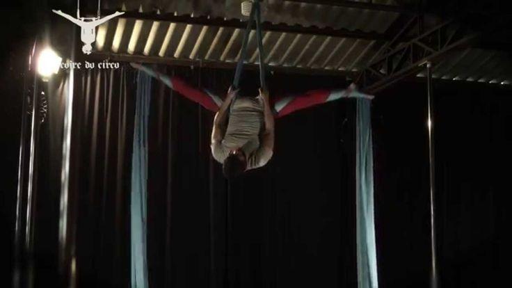 Aerial Silk - Crossback Straddle Variatons   Tecido Acrobático - Variaçõ...