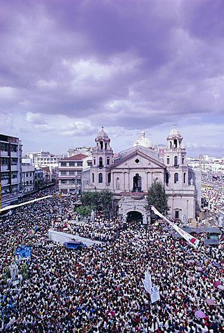 Crowds of pilgrims and devotees, Black Nazarene festival, downtown, Quiapo, Manila, Philippines, Southeast Asia, Asia