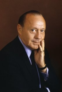 Jack Benny (1894–1974) Born:  Benjamin Kubelsky  At the time of his death, he was scheduled to appear in The Sunshine Boys (1975/I). After he died, the role was taken over by his friend, George Burns.    Two holidays figured prominently in his life: Born on St. Valentine's Day, 1894, he died on the day after Christmas, Boxing Day, 80 years later.