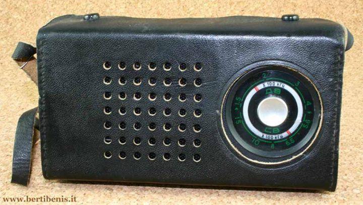 transistorraadio, kust sai ka Luxemburgi jaama kuulata