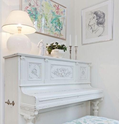 59 best Shabby chic pianos images on Pinterest | White piano ...